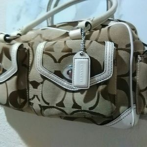 Coach A06J-6232 Signature Handbag Leather Cream!